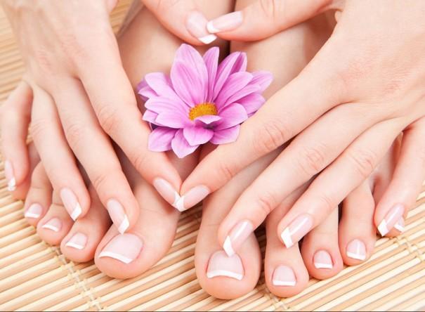 trattamento-mani-e-piedi-monica